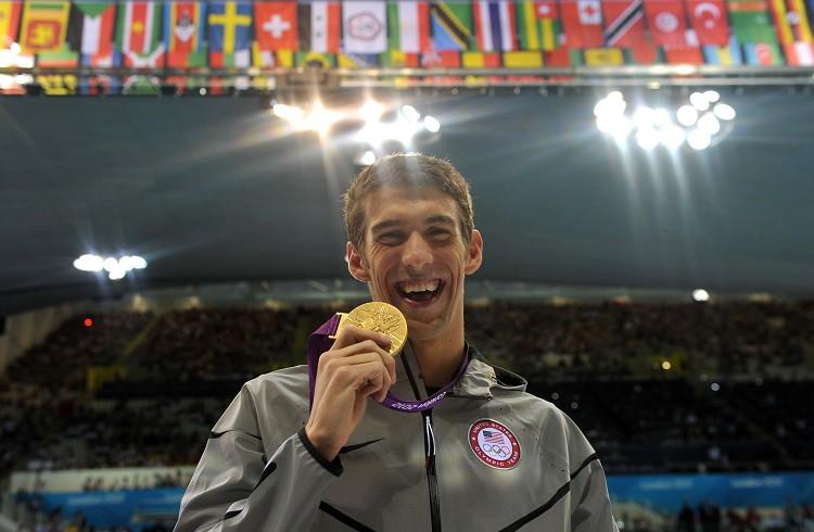 美國游泳名將費爾普斯