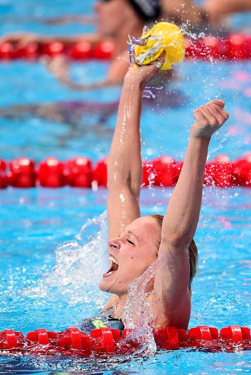 瑞典摘金希望 女泳將斯約史卓姆