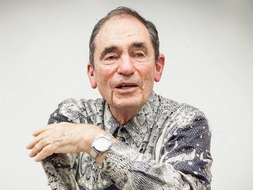 Tang laureate Albie Sachs shares honor with all freedom fighters