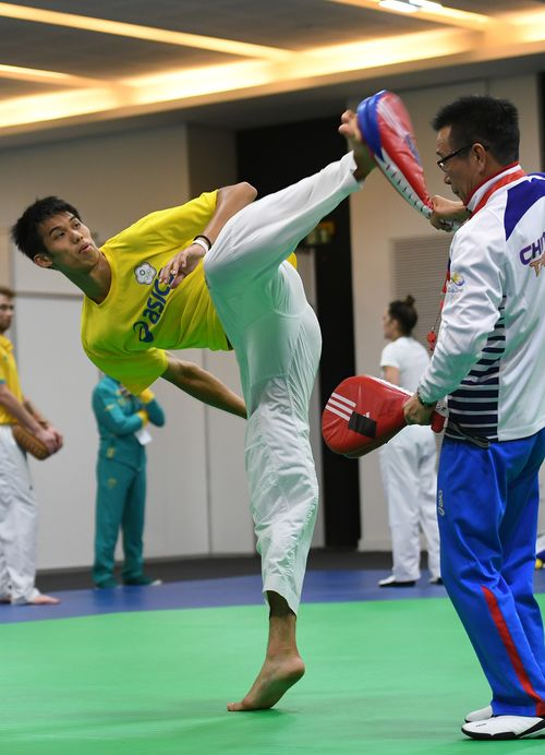 Liu Wei-ting (left) practices in Rio.