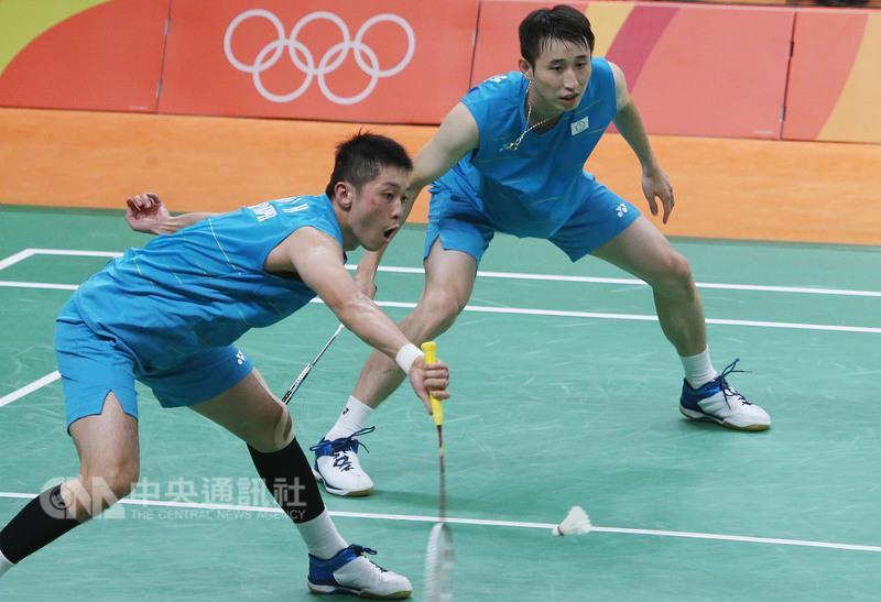 Lee Sheng-mu (right) and Tsai Chia-hsin.