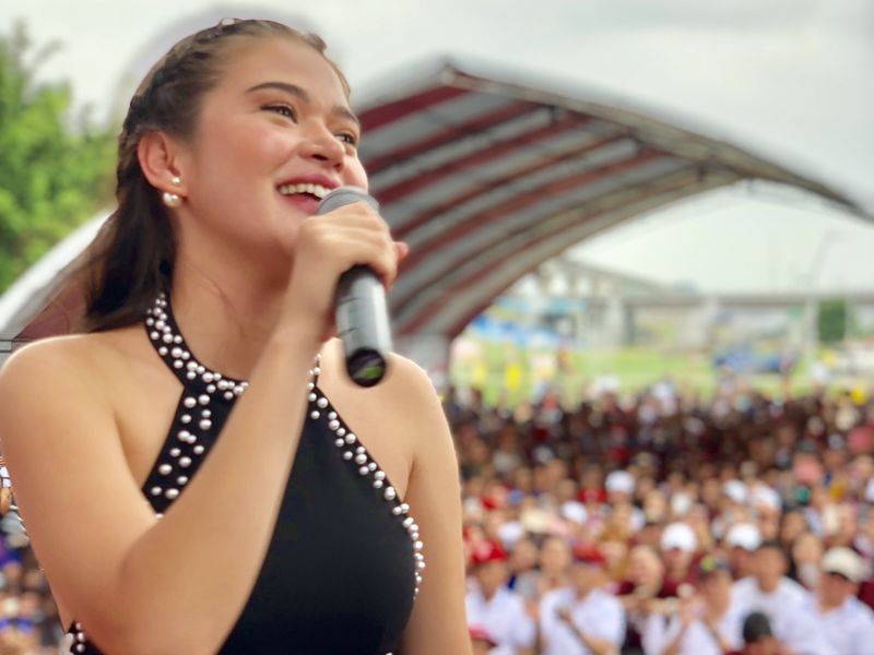 Filipina actress and screenwriter Bela Padilla performs at the 120th Philippine Independence celebrations held at New Taipei Metropolitan Park on June 10