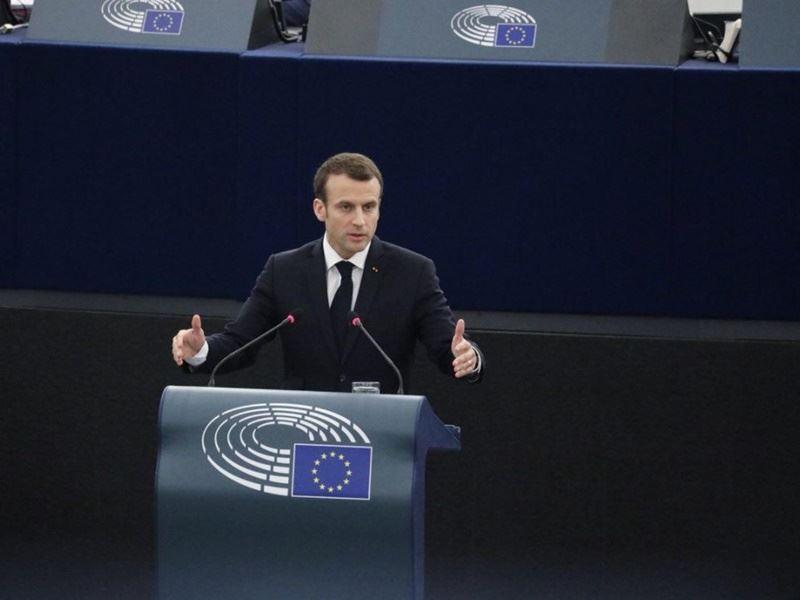 法國總統馬克宏警告歐洲,不要受到全球以及歐洲聯盟本身「威權主義」的誘惑。他認為2016年英國脫離歐盟公投成功帶來震驚,使得數個歐洲國家出現日益高漲「懷疑」氣氛,並為此感到憂心。(圖取自馬克宏推特twitter.com/EmmanuelMacron)
