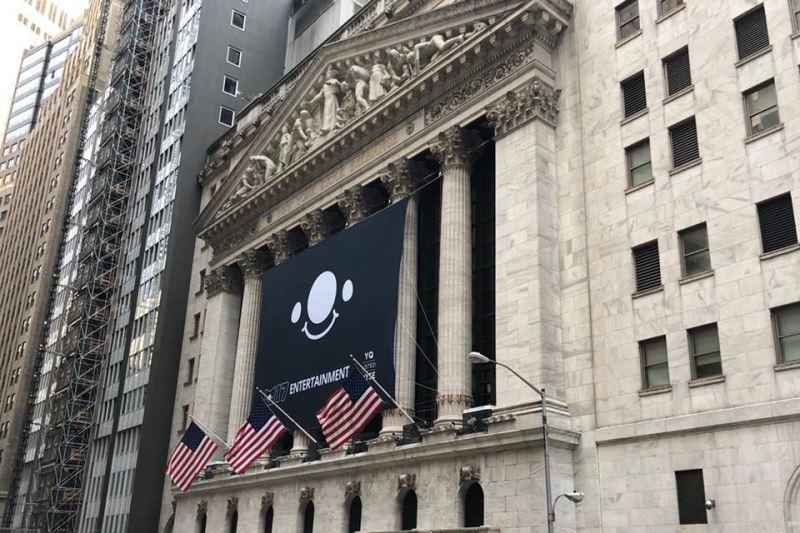 M17以股碼YQ在紐約證券交易所掛牌,掛牌後多天沒有交易,最後決定踩煞車。(圖取自黃立成 Jeffrey Huang臉書www.facebook.com/MachiBigBrother)