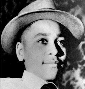 黑人少年提尔(图)1955年遭残酷杀害,2名白人男性凶嫌被全为白人的陪审团无罪开释,引燃民权运动。(图取自维基共享资源;作者:Image Editor,CC BY 2.0)