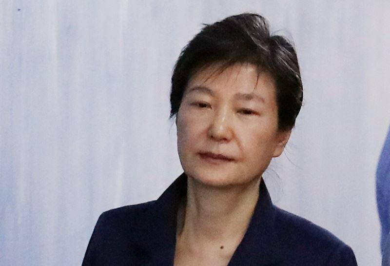 因貪腐醜聞下台的南韓前總統朴槿惠,24日被首爾高等法院判25年有期徒刑,比一審還重。(檔案照片/韓聯社提供)
