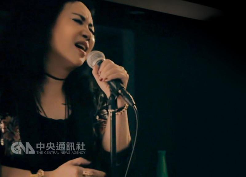 歌手蘇芮發行首張國語專輯至今已35年,特別推出中英文雙單曲並選在10月20日舉辦音樂分享會。(華納音樂提供)中央社記者鄭景雯傳真 107年9月8日