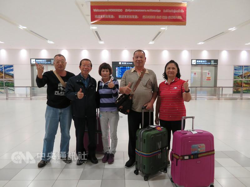 北海道6日凌晨發生強震,新千歲機場一度關閉後8日重啟國內線,約1500名國人搭機返國。但也有旅行團從台灣飛抵。中央社記者楊明珠札幌攝 107年9月9日