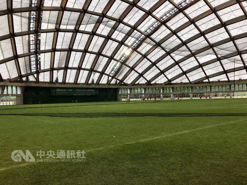 在日本宮崎舉行的U18亞洲青棒錦標賽,各隊賽前打擊練習都會到木之花巨蛋進行,中華隊9日也被安排在木之花巨蛋練球,備戰冠軍戰。中央社記者謝靜雯日本宮崎攝 107年9月9日