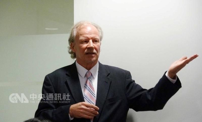 台灣人公共事務會執行主任昆布勞(圖)表示,正在推動駐美代表處正名為台灣代表處。台灣聯合國協進會理事長蔡明憲也將透過這兩天與美國政府官員會晤機會推動正名。中央社記者江今葉華盛頓攝 107年9月12日