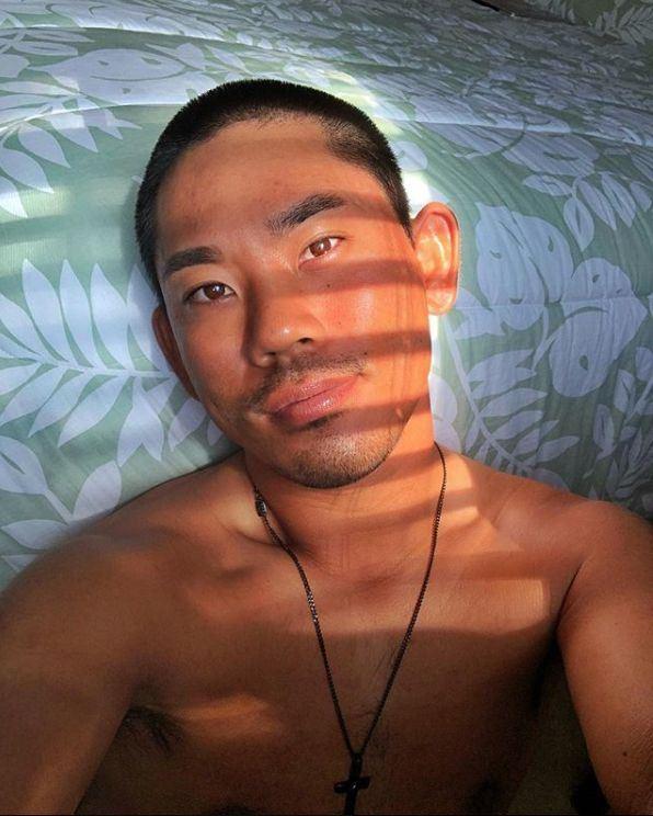 現年27歲的日裔美籍高爾夫球員藤川,在世界預防自殺日之後在Instagram出櫃。(圖取自藤川IG網頁www.instagram.com/taddy808)
