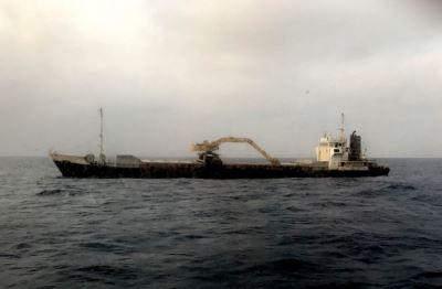 澎湖砂石船故障 海巡拖船合力戒護救援