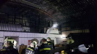 台中紙廠疑遭縱火  警消初步排除