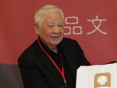 洛夫創辦創世紀詩刊 影響台灣現代詩