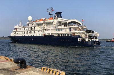 相隔9年 國際郵輪靠泊安平商港