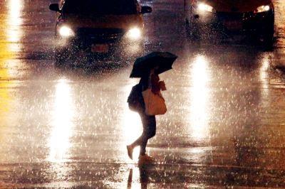 雨區擴大  13縣市豪雨大雨特報