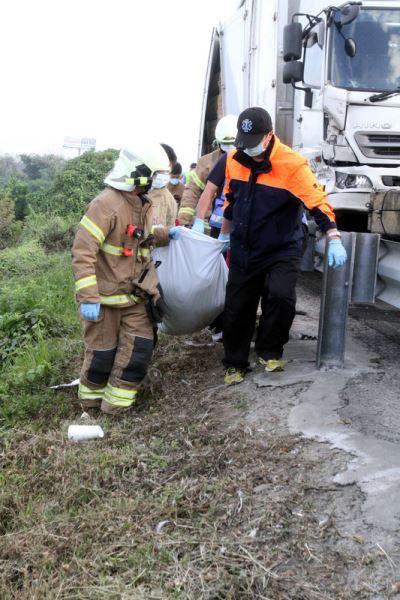 國道2警殉職 警:疲勞駕駛釀禍  攔檢無疏失