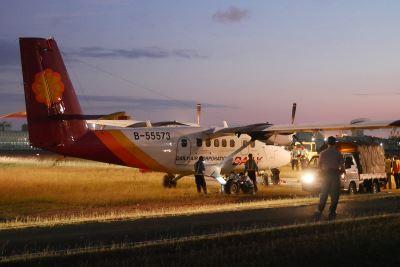 德安航空落地意外 旅客:飛機搖晃得要翻了