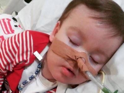 醫院關閉維生系統 英國末期罕病幼童奇蹟存活