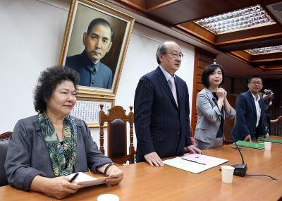 綠委對政院版軍改有意見 陳菊:願聆聽