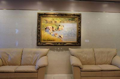 艺术外交 驻日代表处展台湾跨世代画作