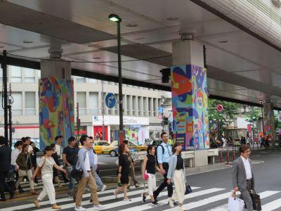蘇佳星作品矗立東京橋墩 六本木藝術夜創舉