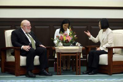 蔡總統:台灣政府很重視照顧退役軍人
