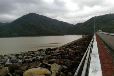 集水区降雨丰  牡丹水库调节性放水