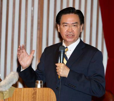 澳媒专访 吴钊燮吁澳洲协力防范中国扩张