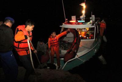印尼渡輪翻覆  至少128人失蹤