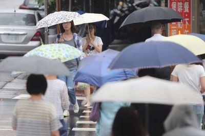 西南氣流持續影響 中南部12縣市豪雨大雨特報