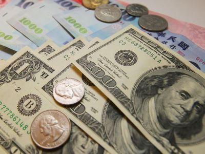 新台幣早盤一度重貶逾1.5角 美中貿易戰升溫