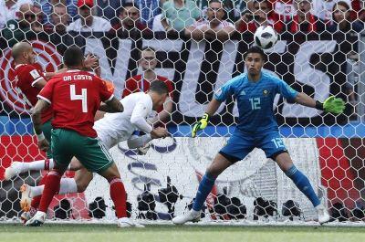 C羅比賽第4分鐘頭槌破網 葡萄牙1比0勝摩洛哥