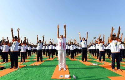 國際瑜伽日 印度總理莫迪:瑜伽讓世界成一體