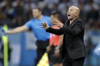 世足賽阿根廷瀕淘汰 教頭懇請球迷原諒
