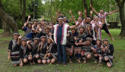民和國中濁岸合唱團 唱進聯合國助難童
