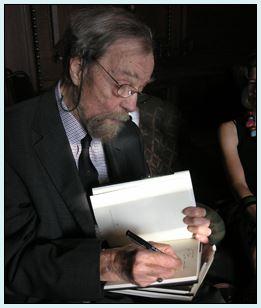 前美國桂冠詩人唐納德.霍爾辭世