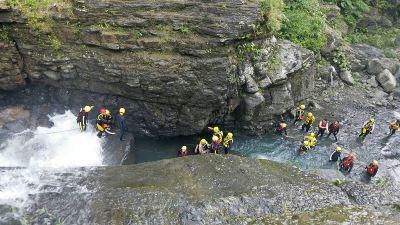 女子三峽掉落瀑布 警消發現遺體
