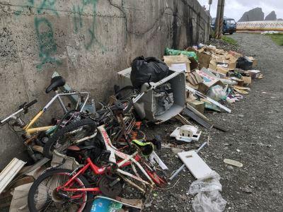 蘭嶼東清灣成垃圾場 村長:遊客誤會了