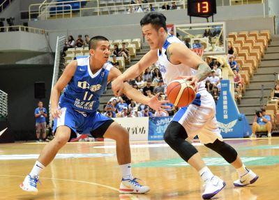中華藍80比62大勝中華白 黃聰翰摘19分