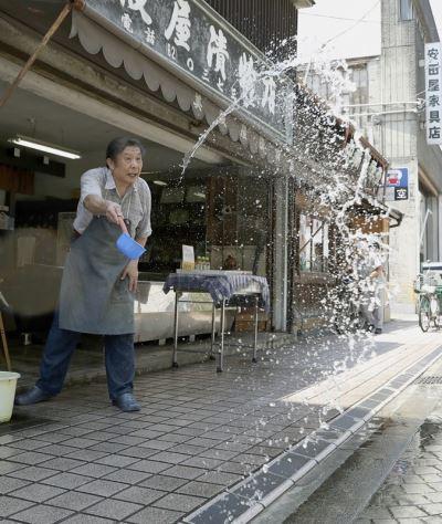 日本觀測到40度高溫 上週中暑送醫者約萬人