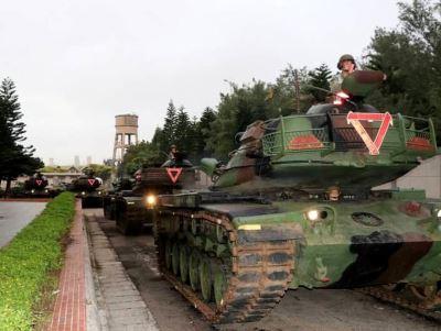 澎湖戰鬥營 學員一睹戰車射擊印象深
