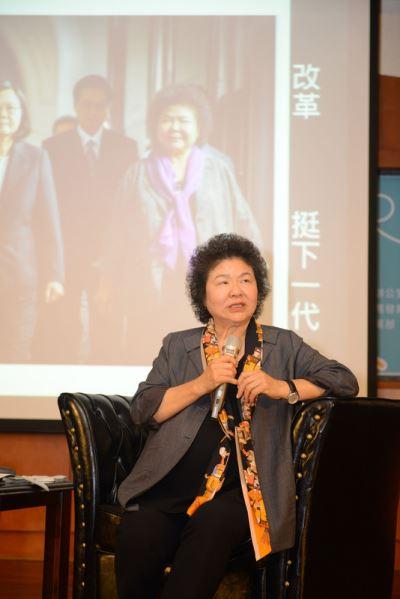 出席港都雄青鬥陣營 陳菊勉後輩支持改革