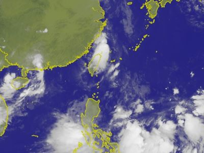 大暑日 東部海面熱帶性低氣壓可能變颱風