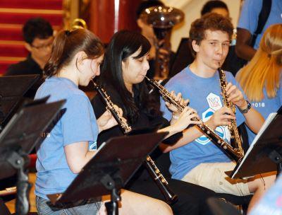 美國家青年交響樂團來台 用音樂傳遞正能量
