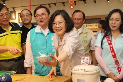 蔡總統台東之旅參訪8鄉鎮 了解在地產業發展