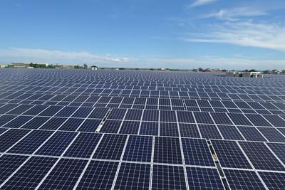太陽能板進駐 新營掩埋場變發電廠