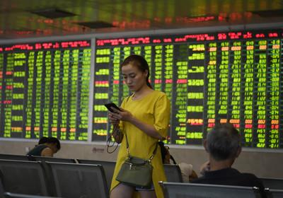 內外利空加劇  陸股大跌人民幣創新低