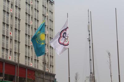 亞運中華台北代表團選手村升旗 奧會旗飄揚