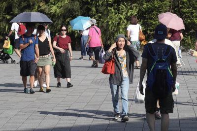 中南部台東防大雨 北部東半部易36度高溫
